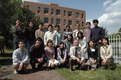 2005_osumi_Lab.jpg