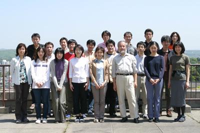 2004_osumi_Lab.jpg